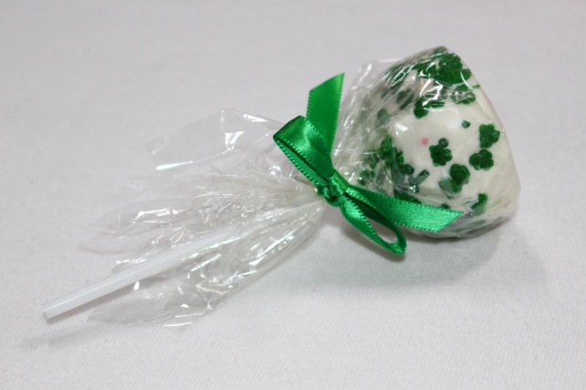 Kiss Me I`m Irish Cake Pop by Sweet E`s Bake Shop