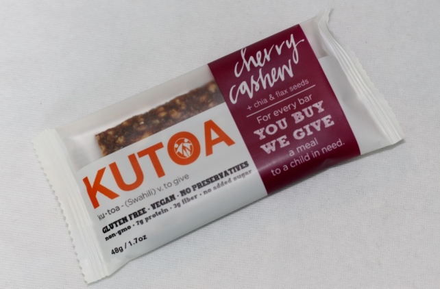 Kutoa Snack Bar in Cherry Cashew (Full Size)